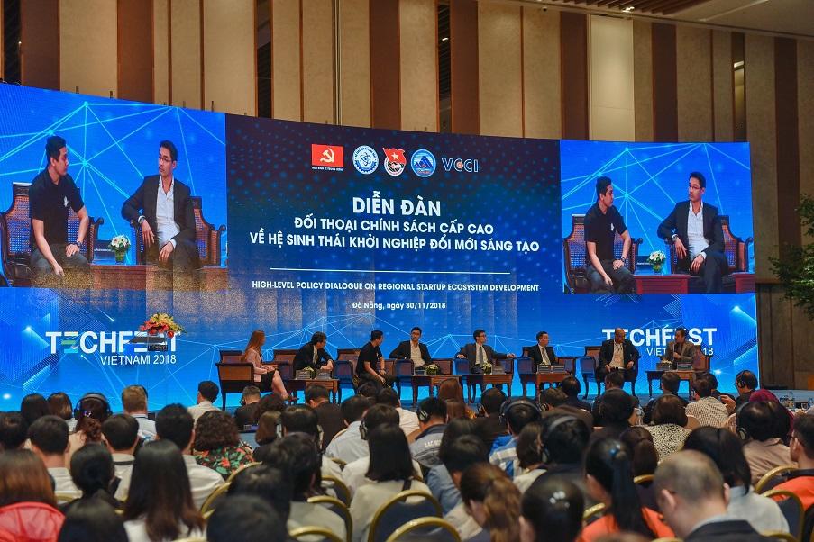 Kết quả hình ảnh cho Lần đầu tiên Techfest Việt Nam được giới thiệu ra quốc tế